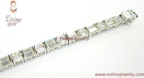 High Quality Brass Jewelry Bracelet with round and rectangle CZ stones