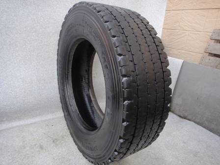 245/70R19.5 Used & Casing Tyre