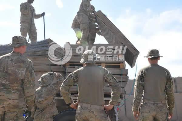 Border checkpost hesco wire mesh basket Qiaoshi{Hesco Barrier}