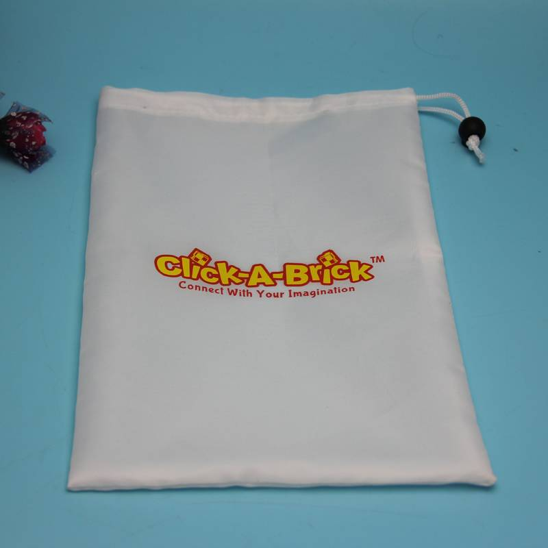 white color polyester drawstring bag with customized logo printed