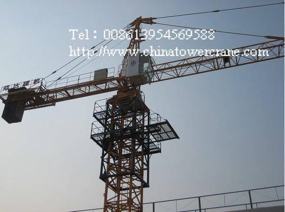 QTZ200 tower crane