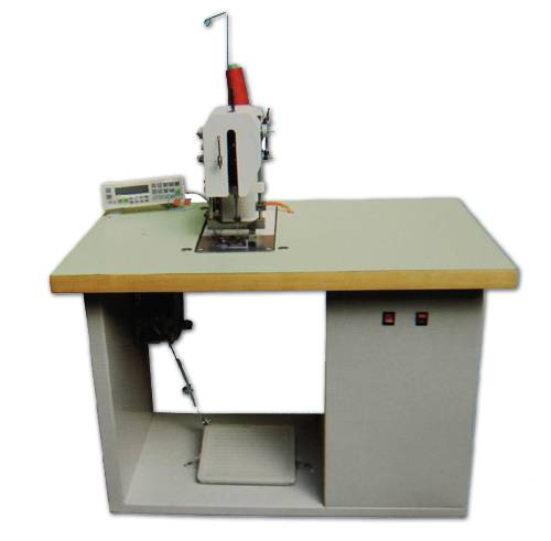 lable stitching machine