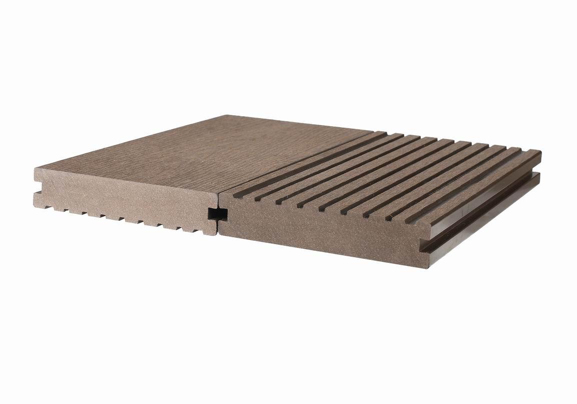 Waterproof composite wpc decking