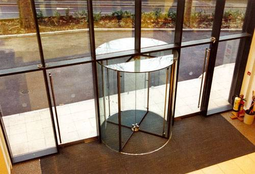All Glass Revolving Doors with Advanced Safety Functions
