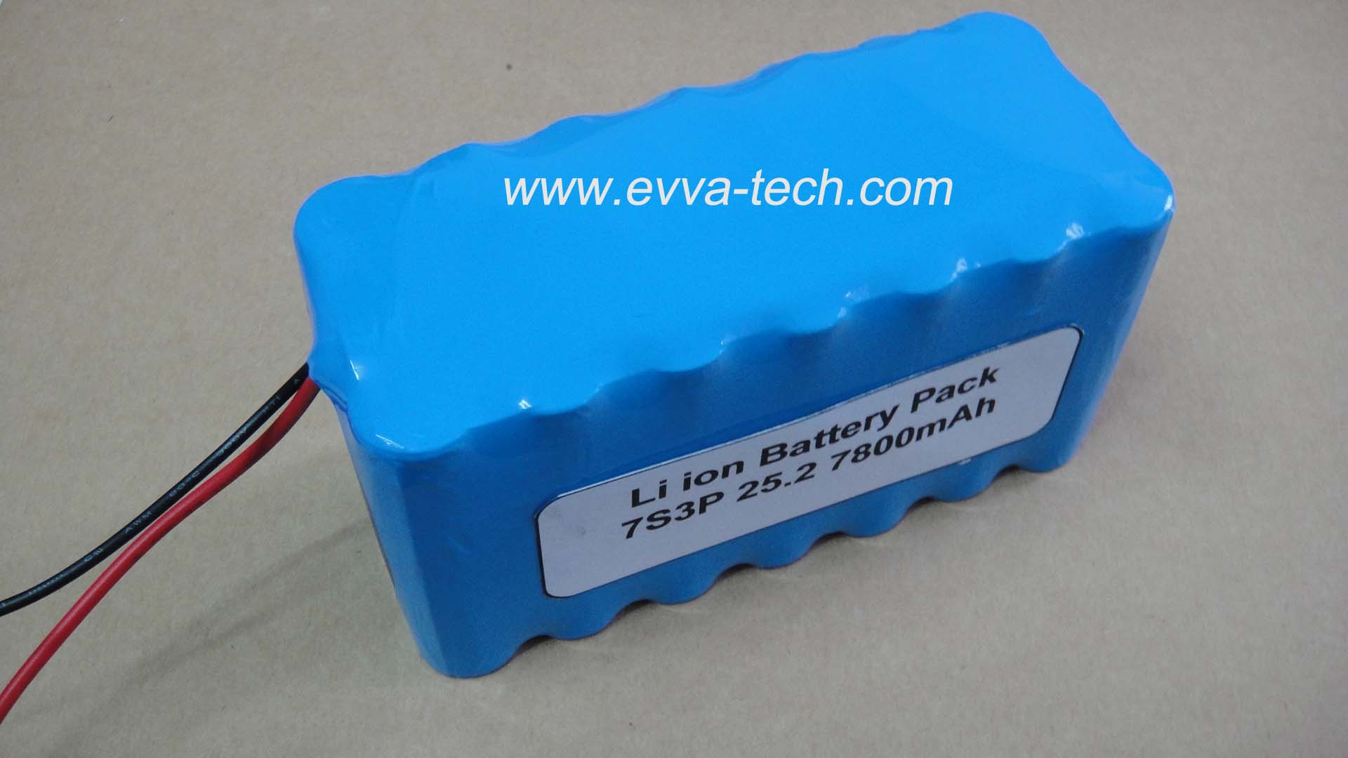 Battery Pack with 18650 25.2V 7800mAh 7S3P