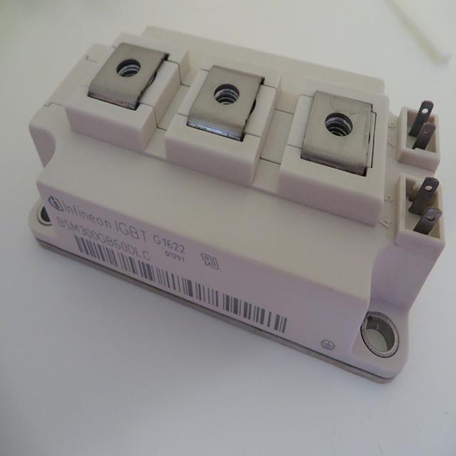 BSM300GB60DLC,Infineon Technologies AG,IGBT Module