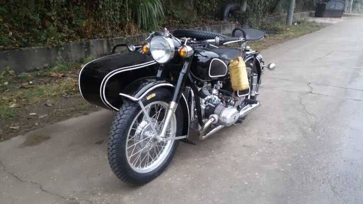Customized Black Color With White Stripe 750Cc Motorcycle Sidecar