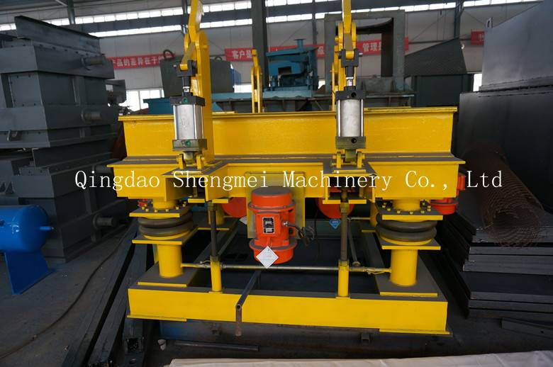 Vibrating table for the foundry machinery casting machine