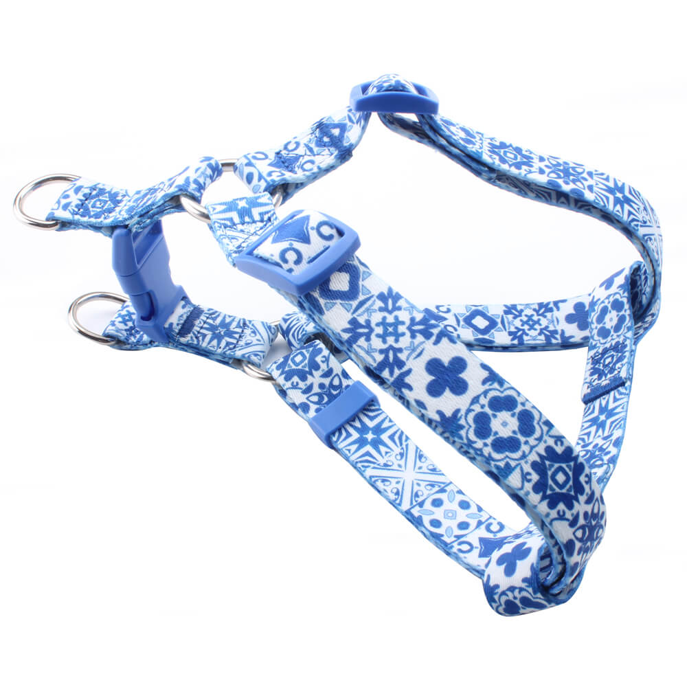 Design Dog Harness: Sell blue dog harness designed with flowers logo