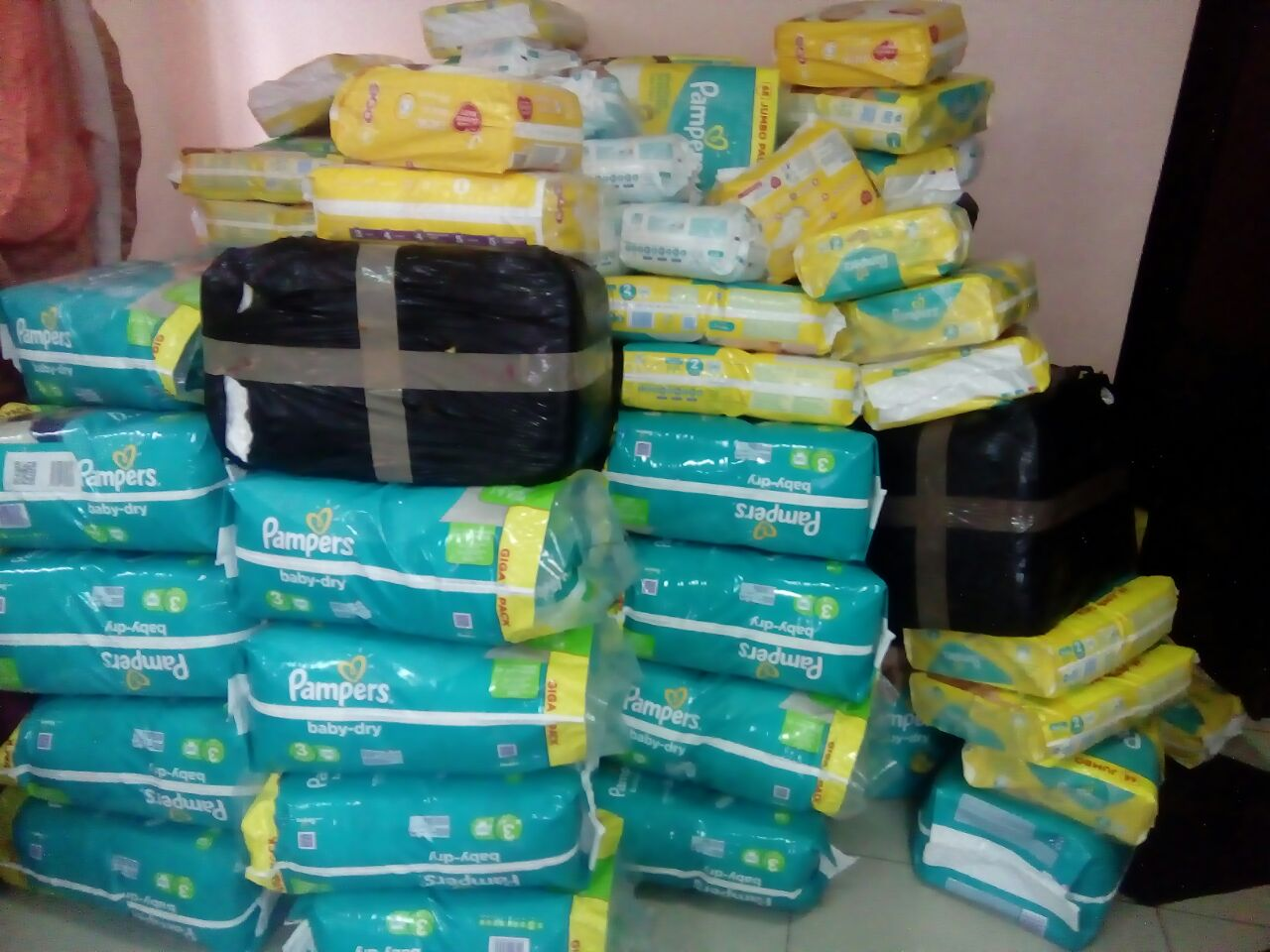 Top Wholesale baby pampers diapers
