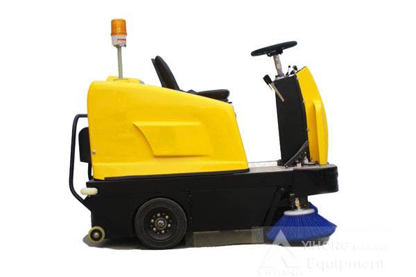 yihong battery sweeper yh b1150 battery floor sweeper Ride on sweeper yh-b1150 use battery as its power, no exhaust, no emission, no big noise and no secondary dust zhengzhou yihong ride on sweeper yh-b1150.