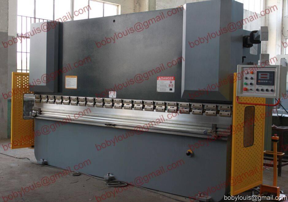 Hydraulic bending machine for sheet metal bending WC67K-250T4000