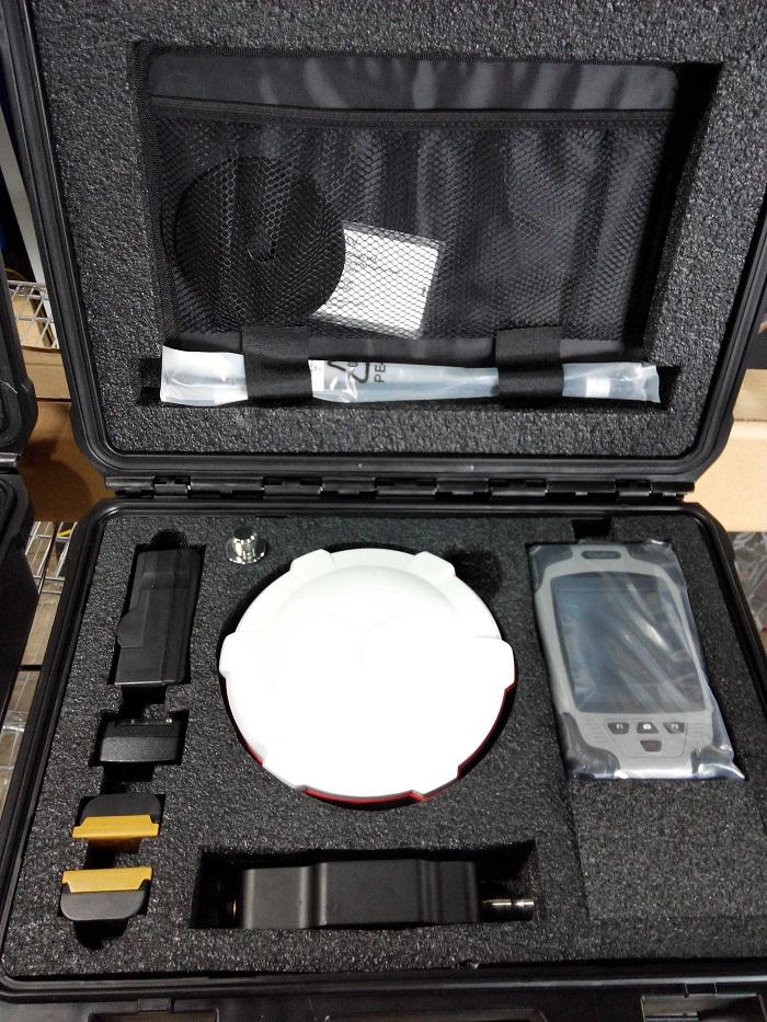 SinoGNSS T300 Satel GNSS Receiver, Survey Equipment, High Performance GPS RTK