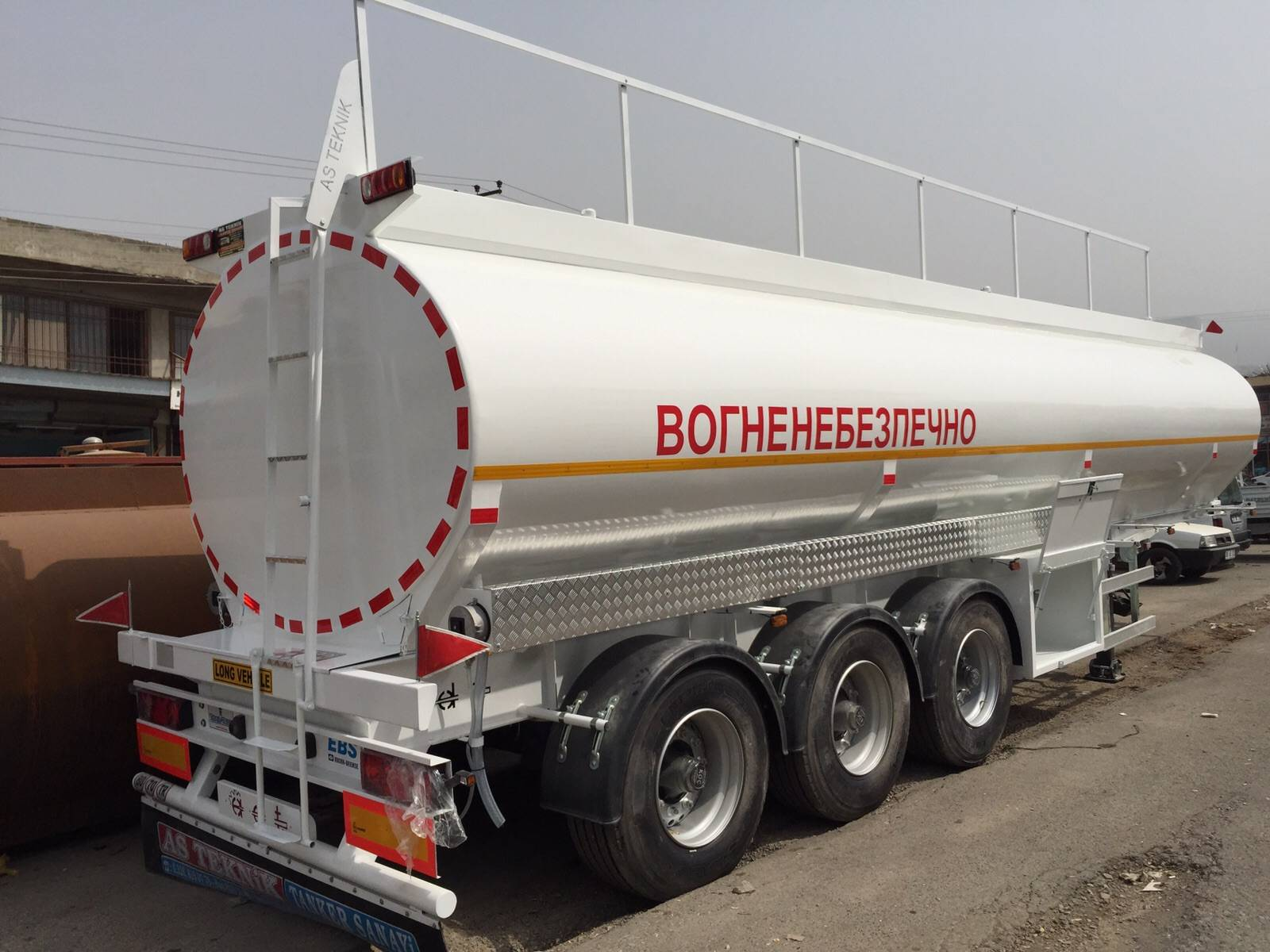 CARBON STEEL ST37 ROAD TANKER SEMI-TRAILER