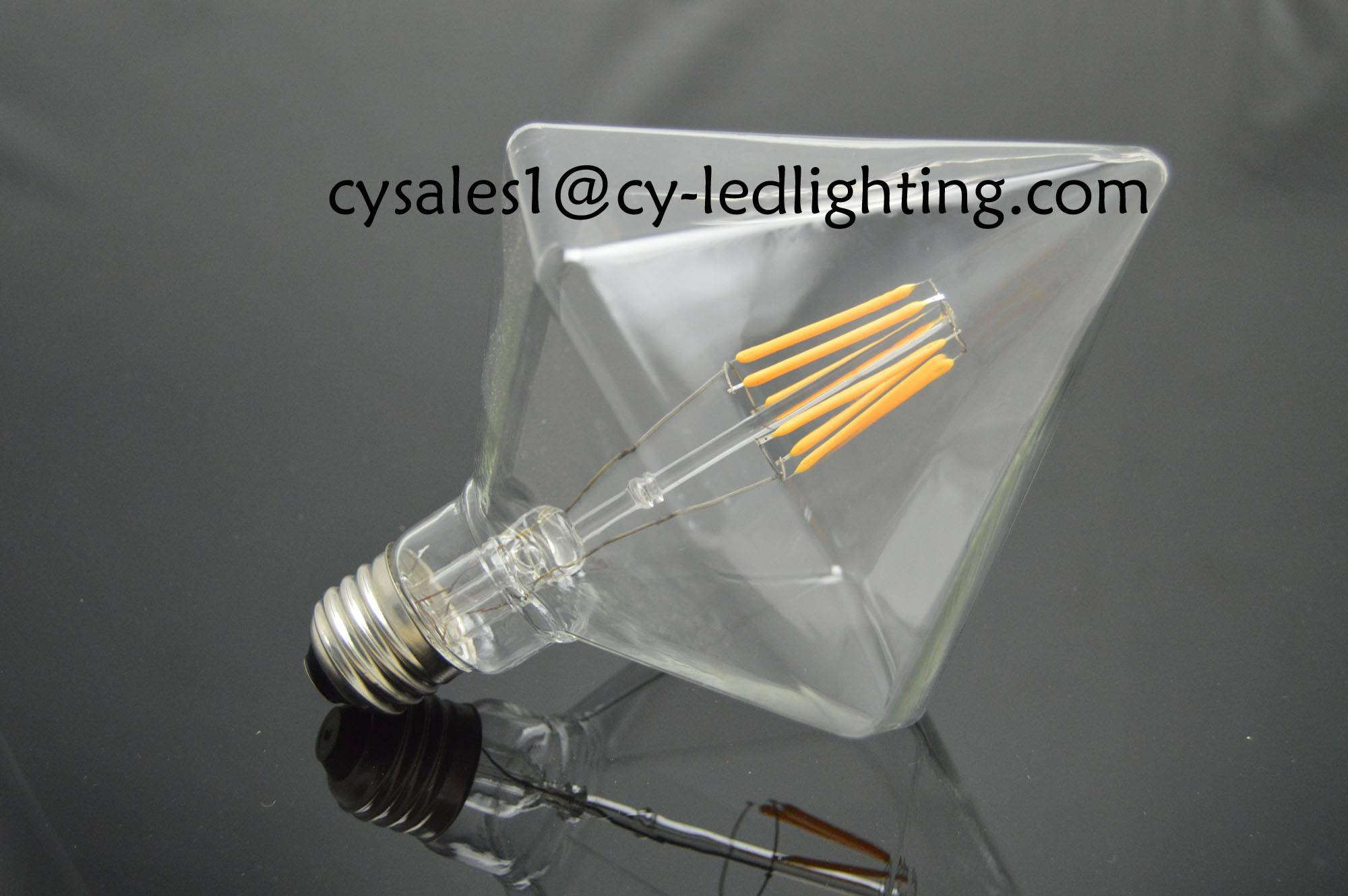 Pointed diamond decorate led bulb clear dimmable bulb