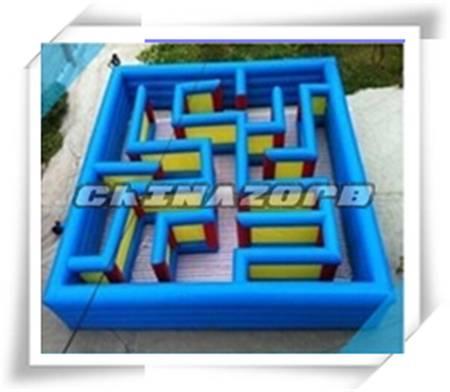 Interesting inflatable maze fun city inflatable amusement park