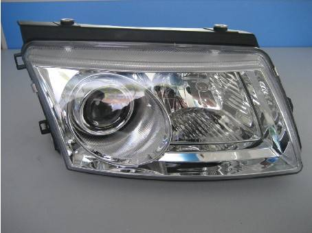 Bi-Xenon head lamp for Passat B5