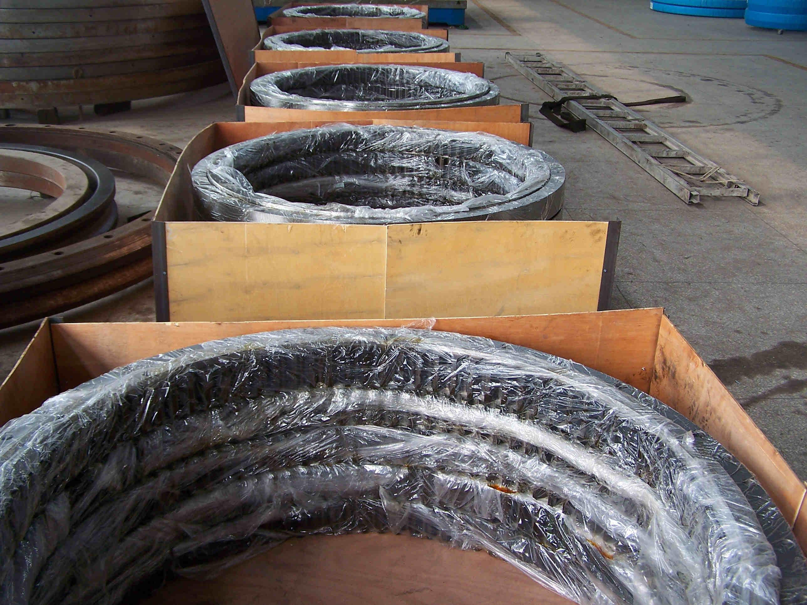 Turntable bearing slewing ring bearing with Internal gear teeth RKS.062.25.1314