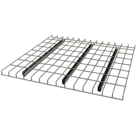 Wire mesh decking for step beam pallet racking