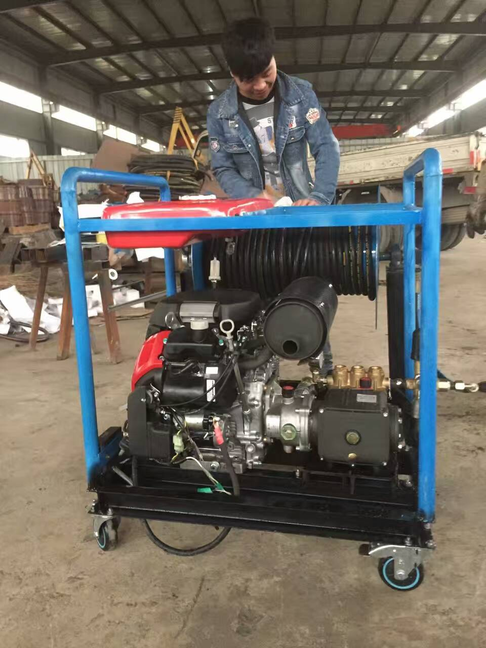 XP2500 Diesel engine high pressure rust removal Cleaning Equipment