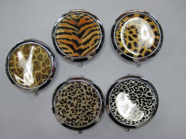 Plain Portable Makeup Mirror Leopard Looking Cosmetic Mirror