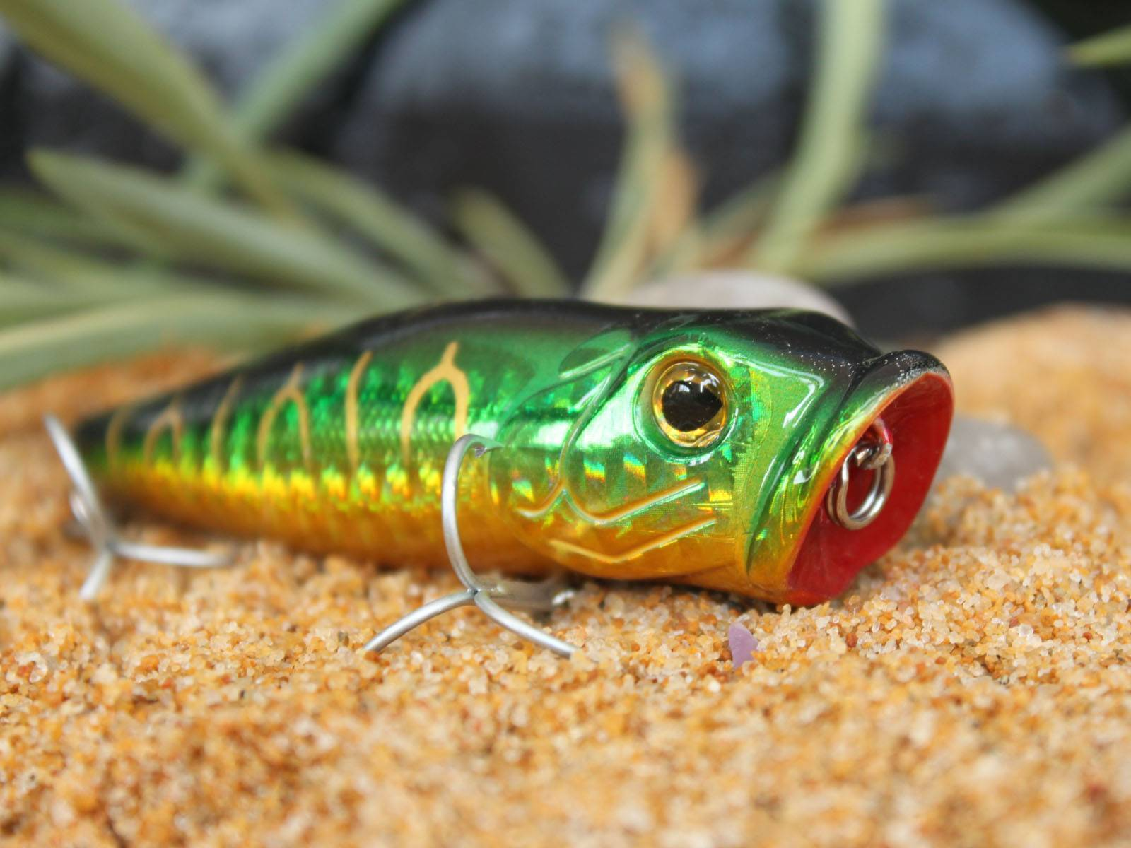 fishing lure bait with metal hook Thunder popper lure