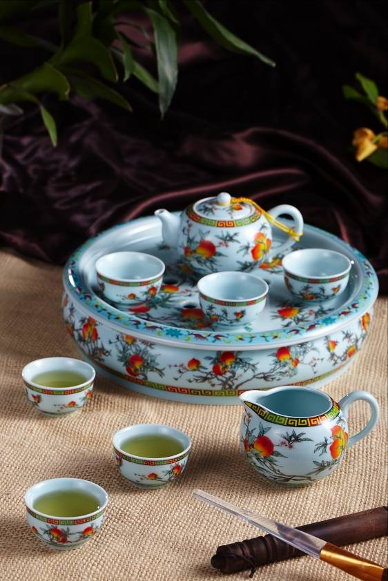 Wonderful ceramic tea set