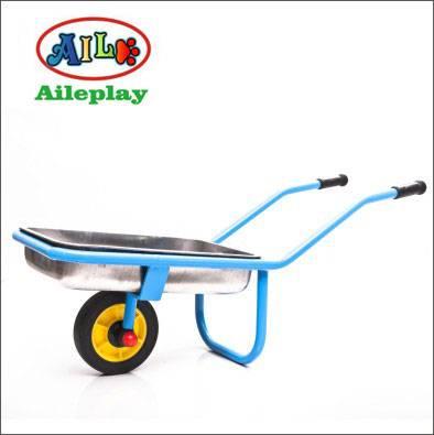 kids single wheelbarrows model