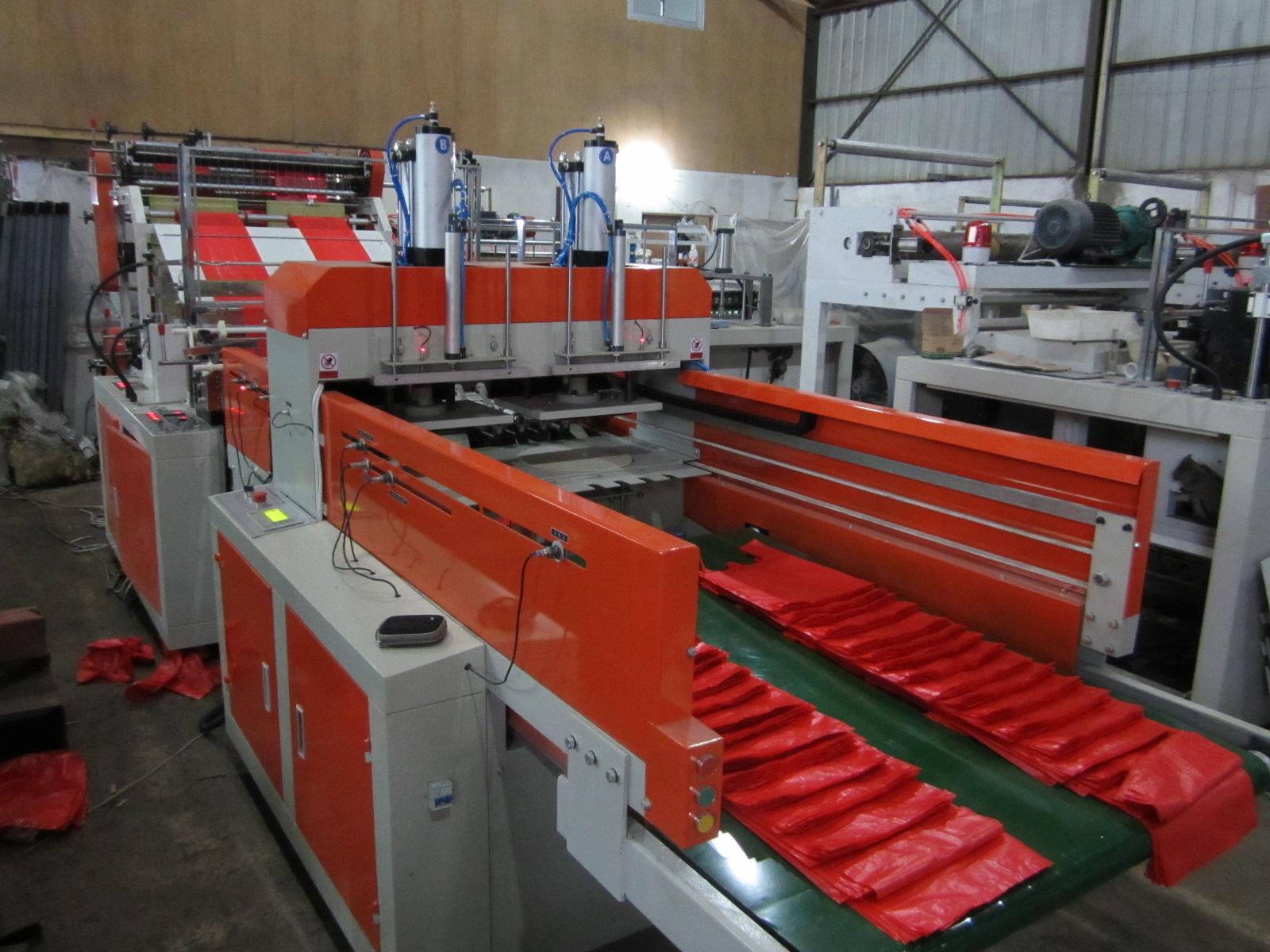 Full Auto Four-Line T-Shirt Bag Making Machine