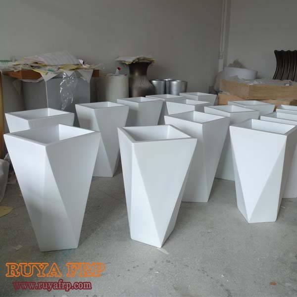 Landscape planter fibergalss customzied flower pots China supplier