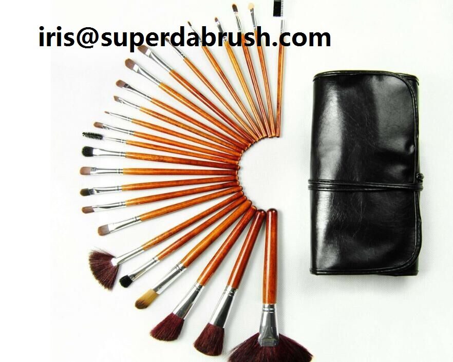 Superda Cosmetic Brush set with completed price