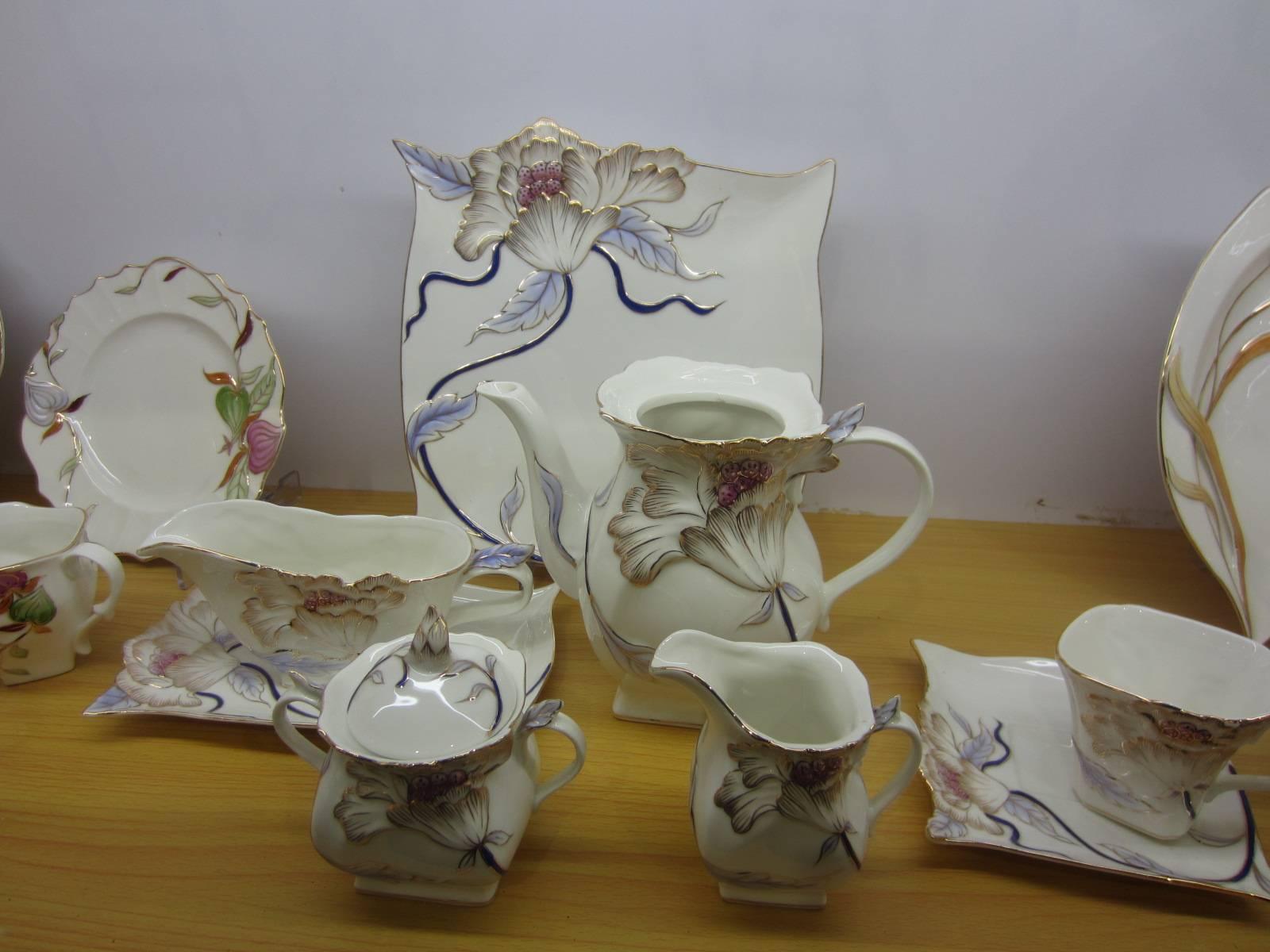 24pcs New Bone China Enamel Dinnerware Set, Includes Tea Pot, Tea Cup, Milk Pot/Jug, Plate and More