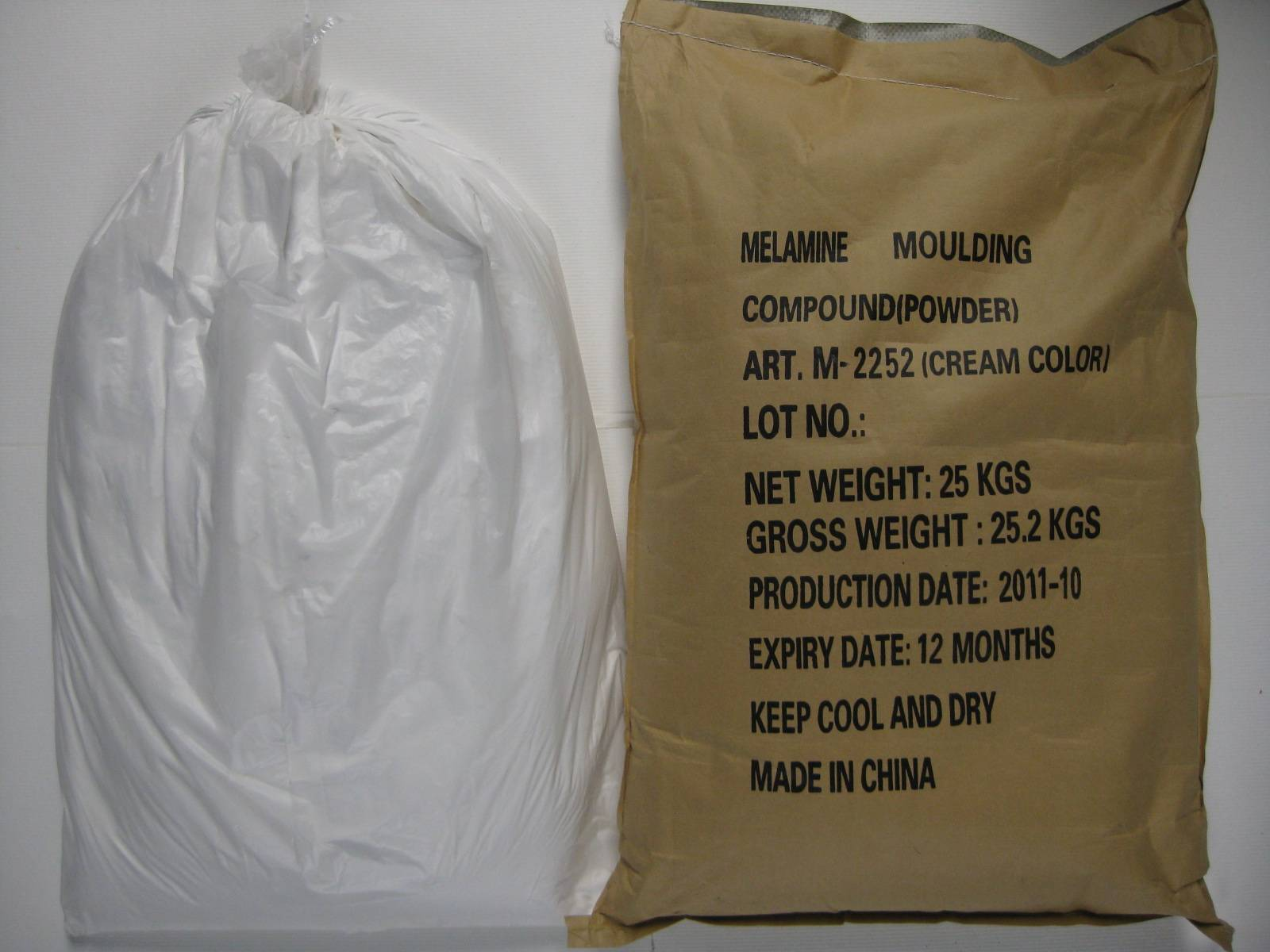 Melamine moulding powder