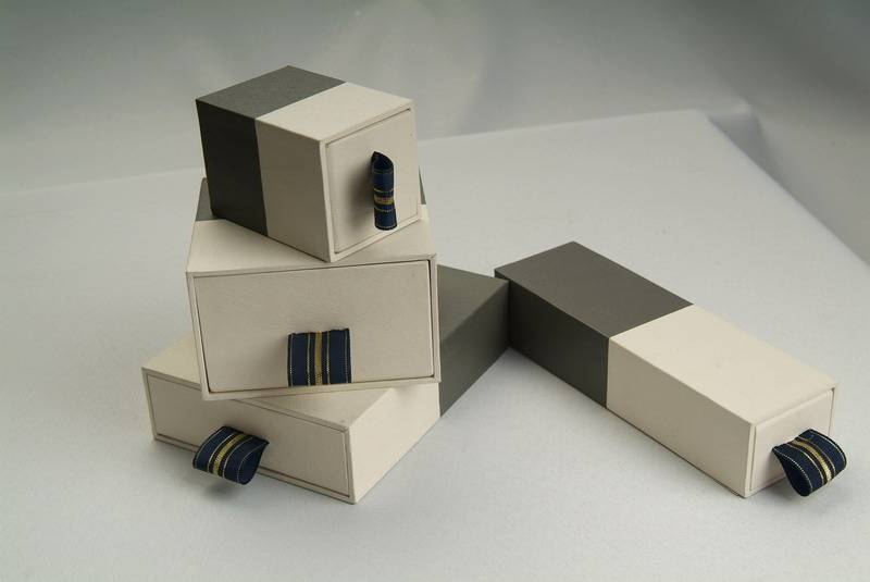 Jewelry packaging hard paper boxes