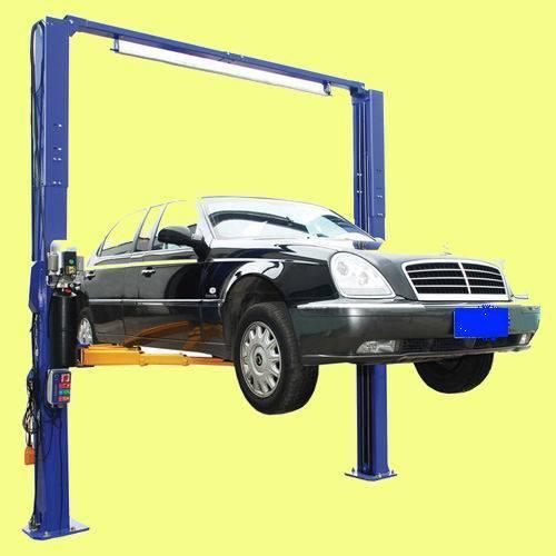2-post car lift