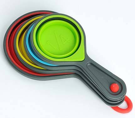 High Quality Food Grade 4PS Portable Silicone  Measuring Cups