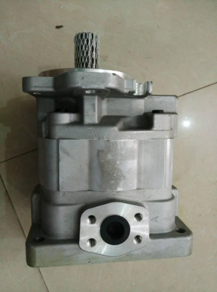 Komatsu WA380 wheel loader Gear pump 705-11-38240