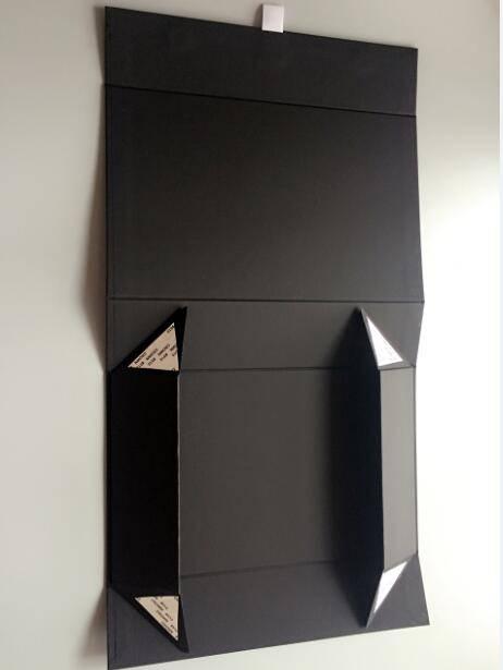 foldable magnetic box