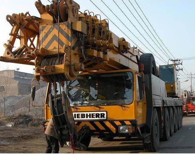 Used 200Tons Crane of LIEBHERR-LTM1200_200Tons