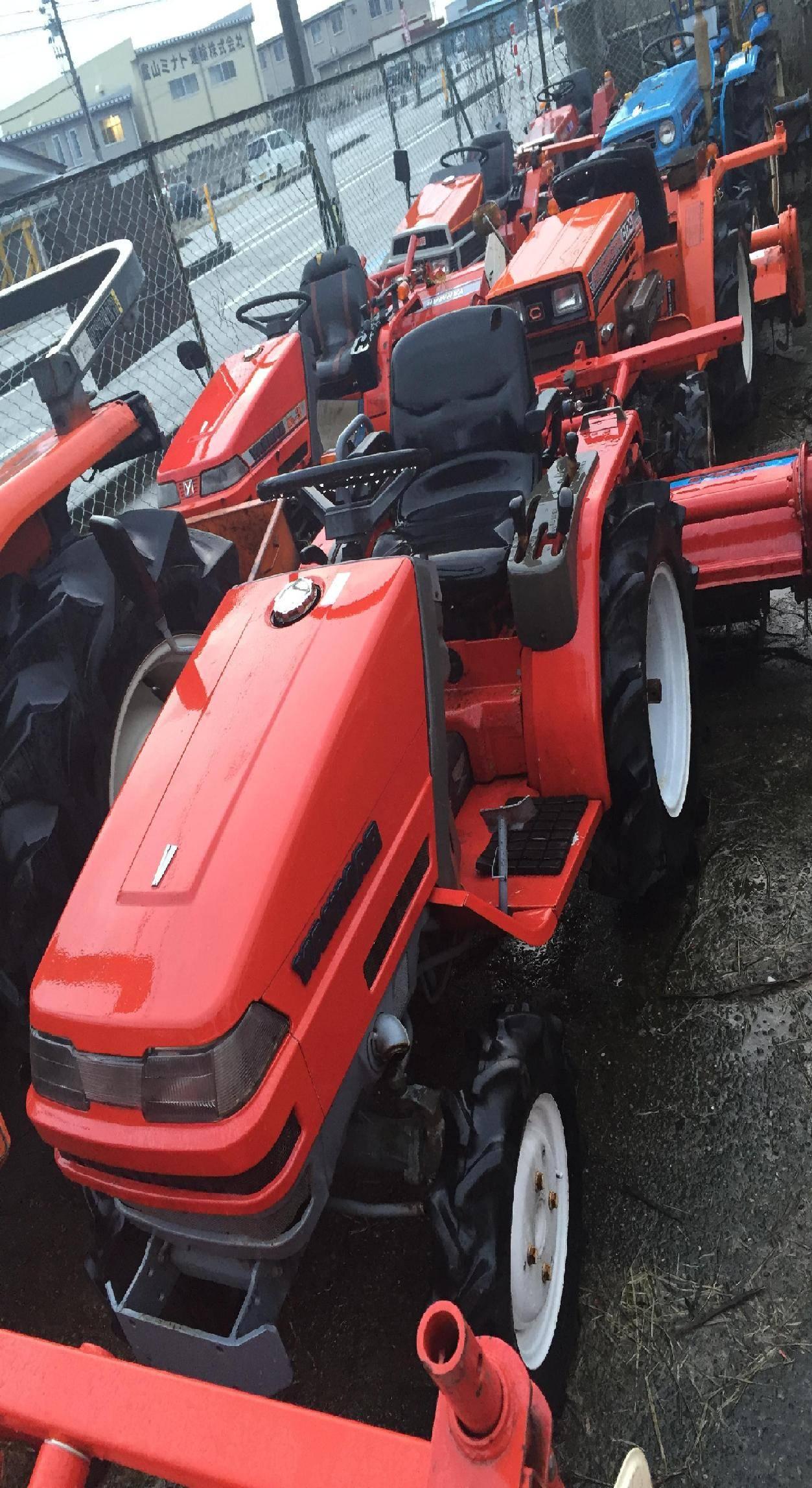 Used tractor Yanmar Ke-4D