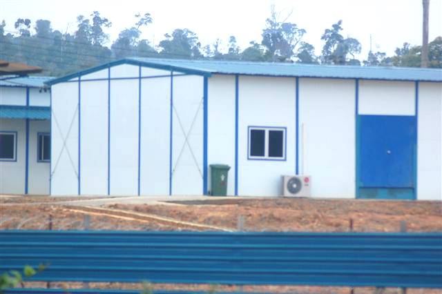 Sloping-roof Prefabricated House