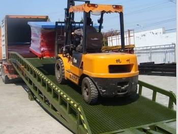 Mobile container used yard ramp motorcycle ramp
