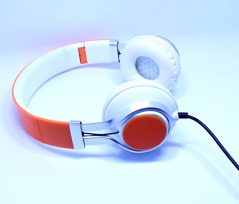Factory Sales Over-head HiFi Stereo Earphone Colorful Headphone Collapsible Headsets for PC Mobile P