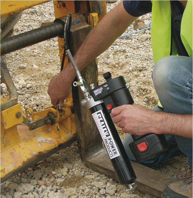 2014 24V Rechargeable Grease Gun