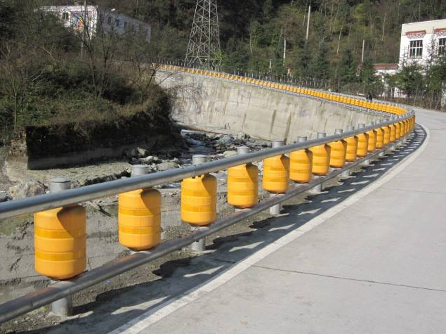 PU foam/EVA traffic safety roller barrier safety rolling barrier