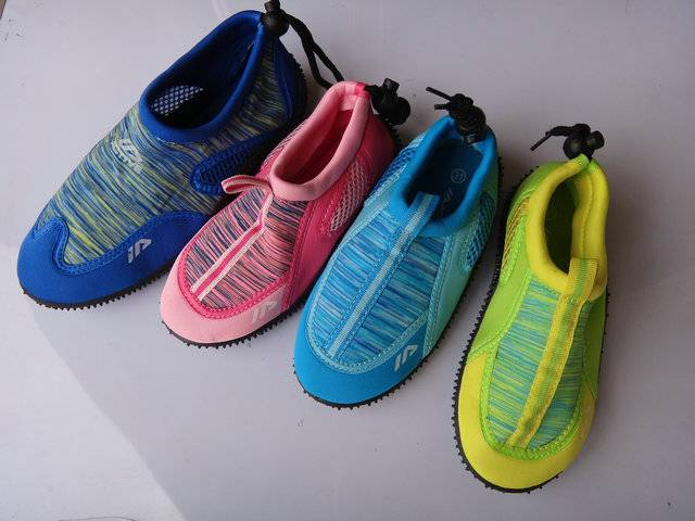 Injection Water shoes