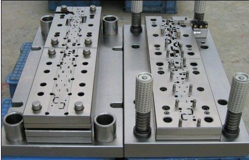 Mirror Surface Precision Auto Hardware Mold Progressive Stamping Die