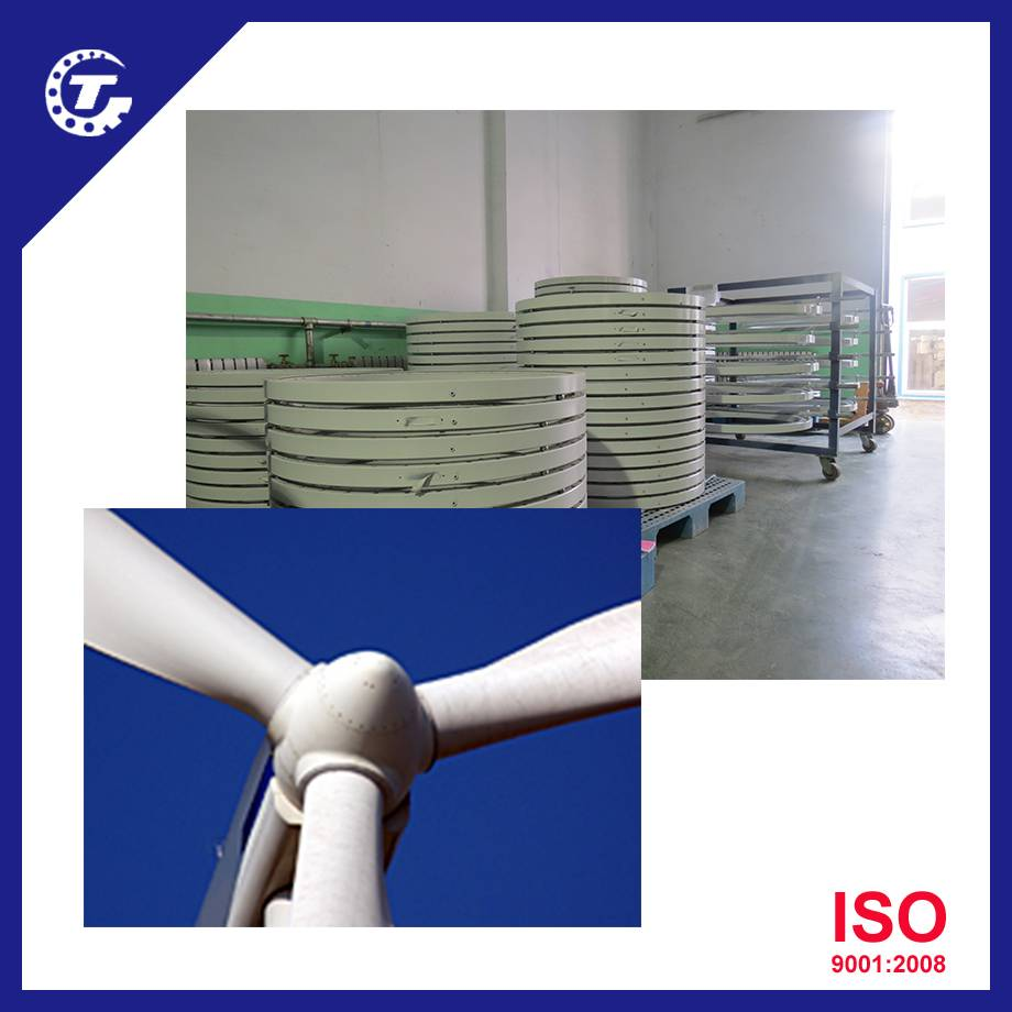 Double row crossed roller slewing ring bearing for wind turbines and solar tracker system