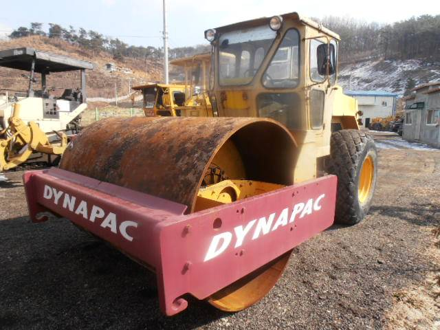 Used Dynapack CA251 Vibration Roller
