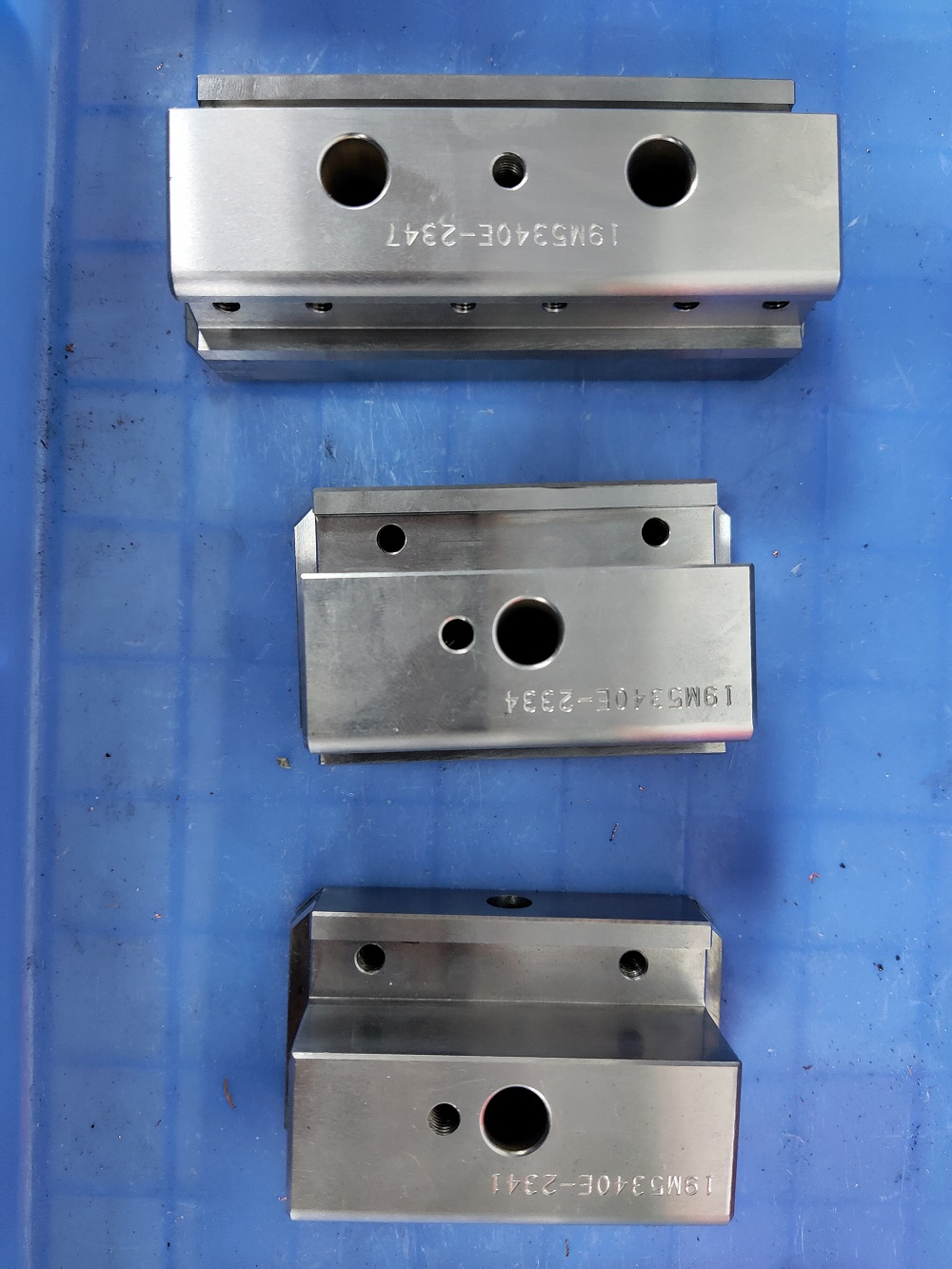 2020 Chinese factory of precision plastic injection mold parts
